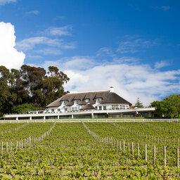 Zuid-Afrika-Kaapse-Wijnlanden-hotel-Mont Rochelle-mont-rochelle-exterior-view
