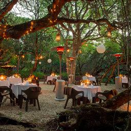 Zuid-Afrika-Rondom-Kaap-Hermanus-hotel-Grootbos-Forest-Lodge-boma-2