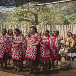 Zuid-Afrika-Swaziland-hoogtepunt-dansend volk