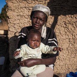Zuid-Afrika-Swaziland-hoogtepunt-mama met baby