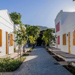Zuid-Afrika-Tuinroute-Karoo-Drostdy-Hotel-gebouwen