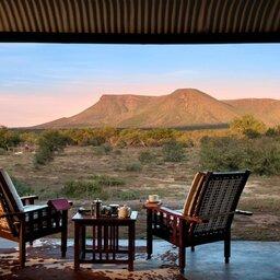 Zuid-Afrika-Tuinroute-Karoo-Samara-Karoo-Lodge-uitzicht