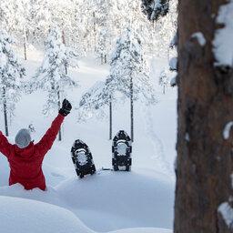 Zweden-Lapland-Gunnarsbyn-Arctic-Retreat-sneeuwschoenen