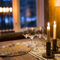 Zweden-Lapland-Harads-Loggers-Lodge-sfeerfoto-dineren