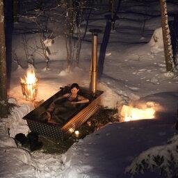 Zweden-Lapland-Harads-treehotel-johan-jansson-hottubJPG