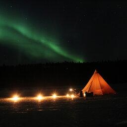 Zweden-Lapland-Harads-treehotel-johan-jansson-ice-dining 3JPG