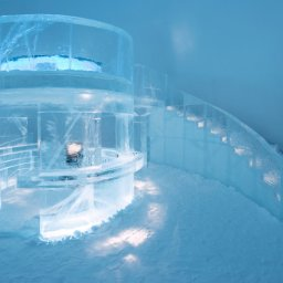 Zweden-Lapland-Jukkasjarvi-icehotel-ijsbar