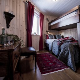 Zweden-Lapland-Kiruna-Fjellborg-Arctic-Lodge-slaapkamer-stapelbed